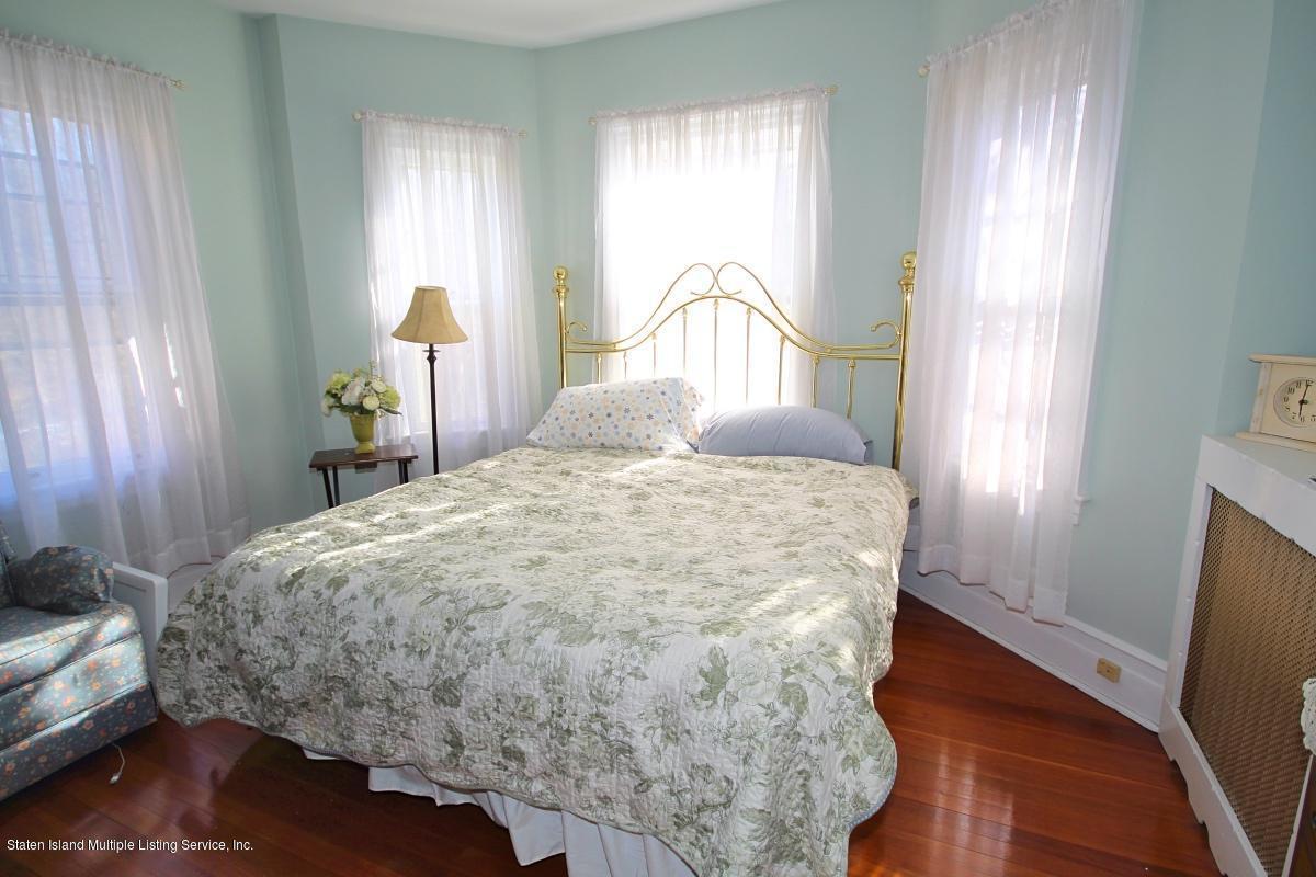 Single Family - Detached 193 Seguine Avenue   Staten Island, NY 10309, MLS-1134179-20