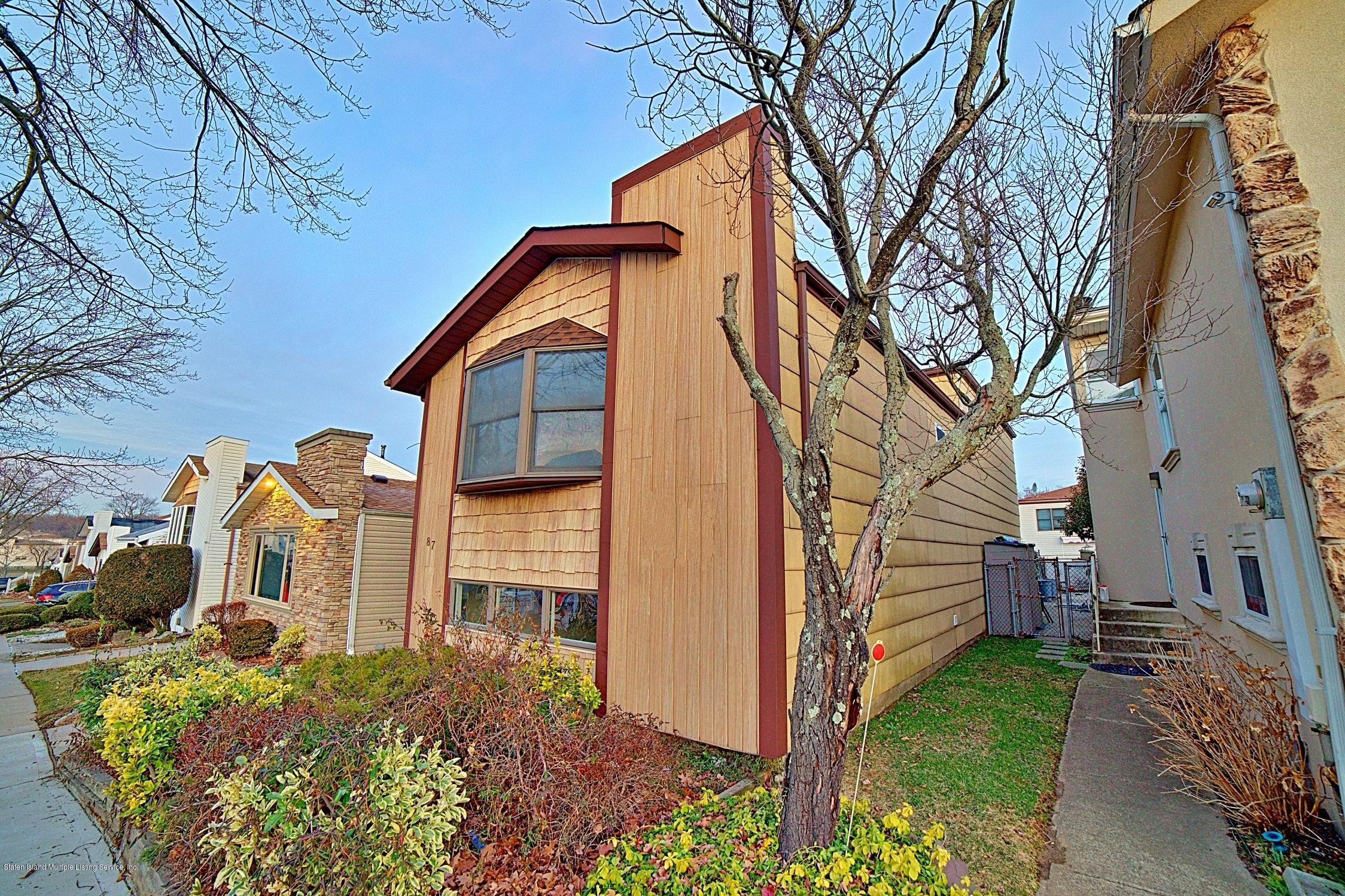 Single Family - Detached 87 Manchester Drive  Staten Island, NY 10312, MLS-1135150-3