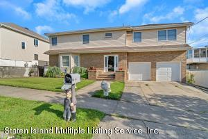 207 Darlington Ave, Staten Island, NY 10312