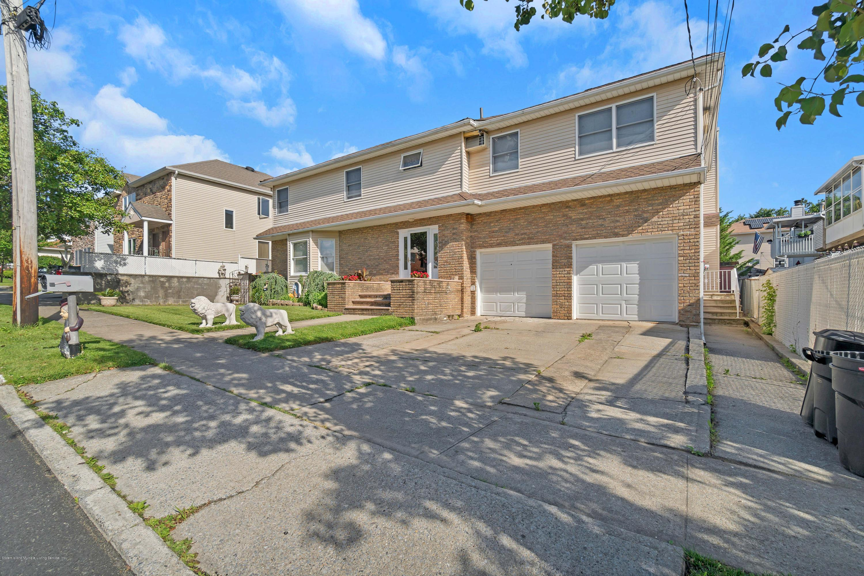 Two Family - Detached 207 Darlington Ave   Staten Island, NY 10312, MLS-1135189-2