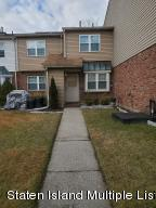 31 Franklin Lane, Staten Island, NY 10306