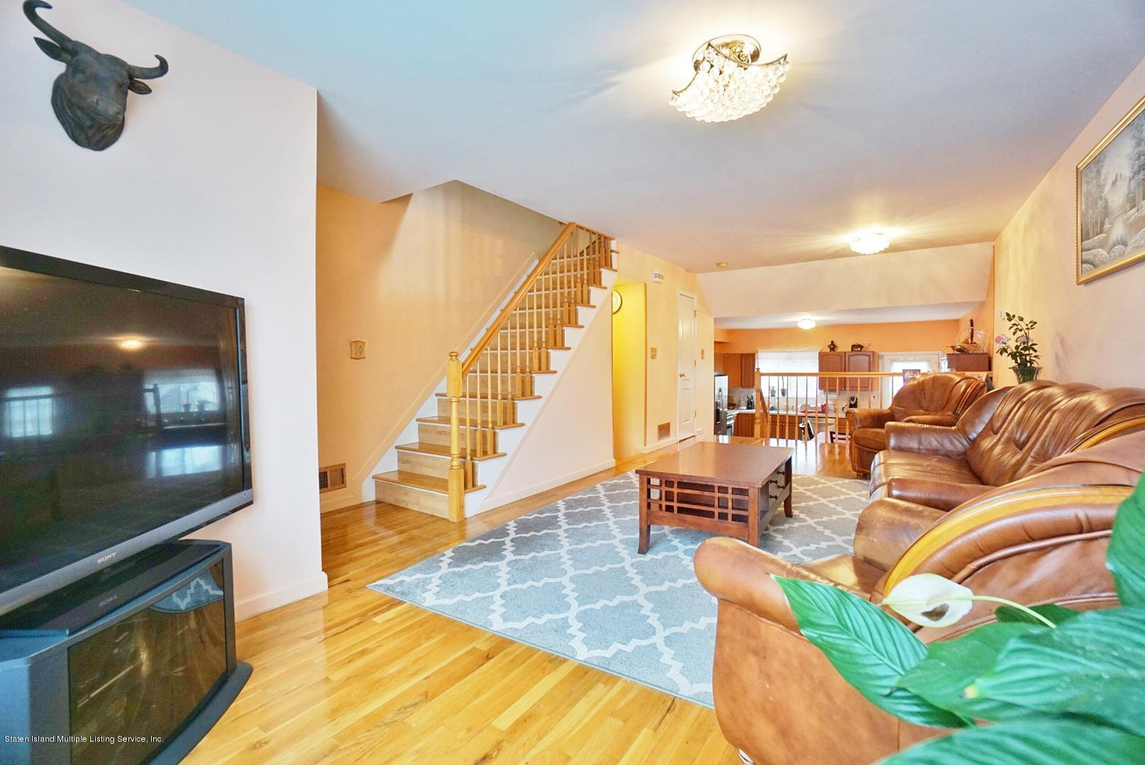 Single Family - Attached 30 Cranberry Court  Staten Island, NY 10309, MLS-1135421-5