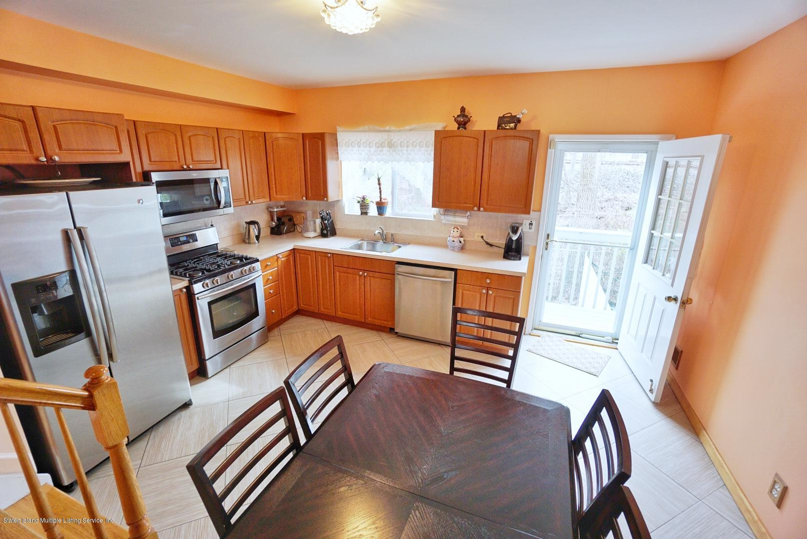 Single Family - Attached 30 Cranberry Court  Staten Island, NY 10309, MLS-1135421-11