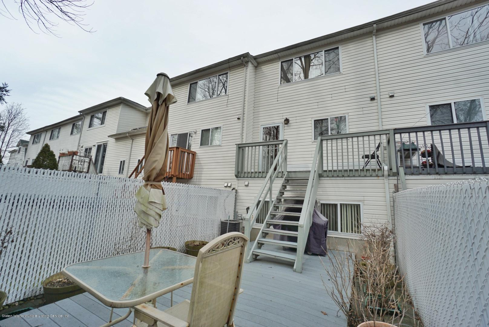 Single Family - Attached 30 Cranberry Court  Staten Island, NY 10309, MLS-1135421-35