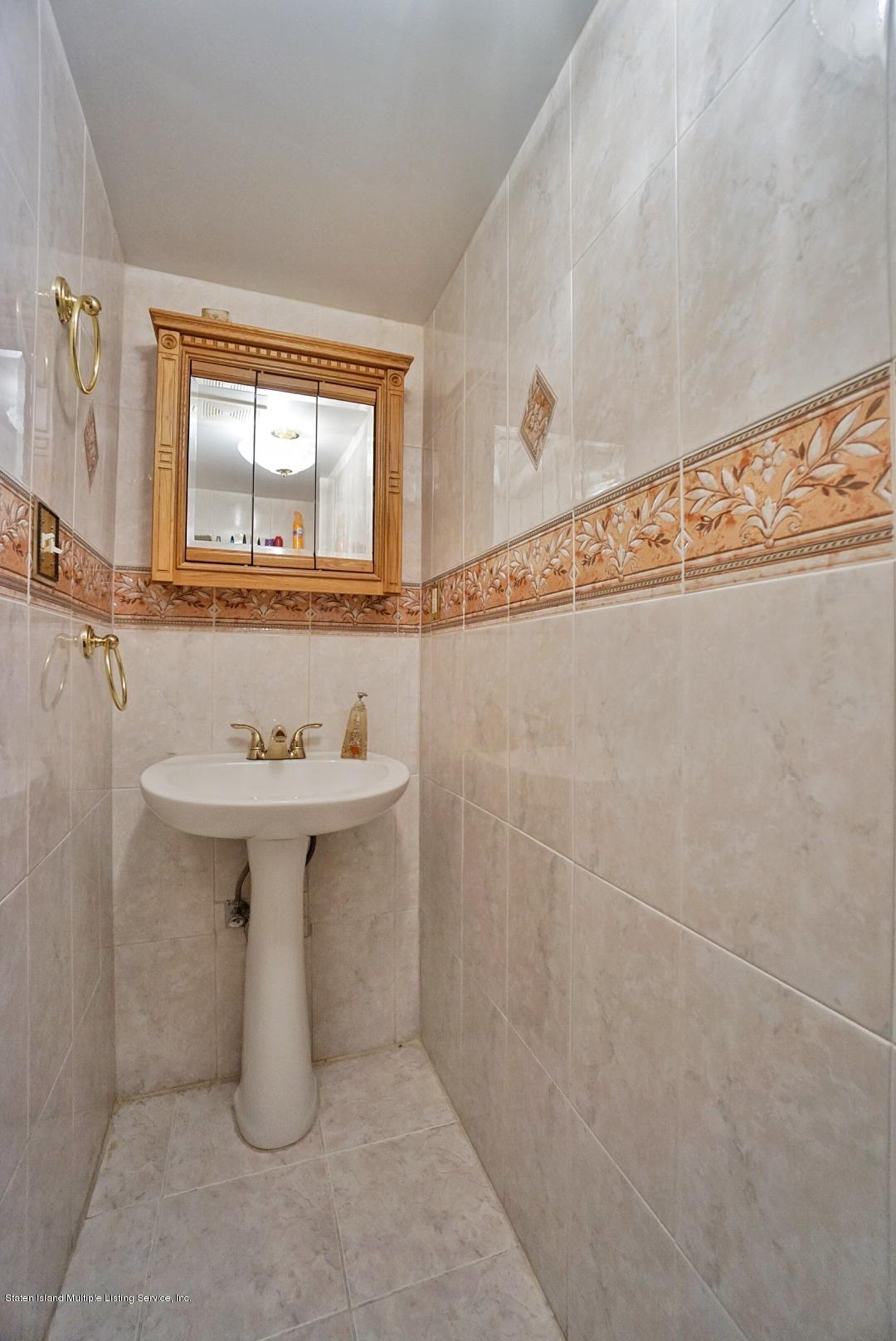 Single Family - Attached 30 Cranberry Court  Staten Island, NY 10309, MLS-1135421-16