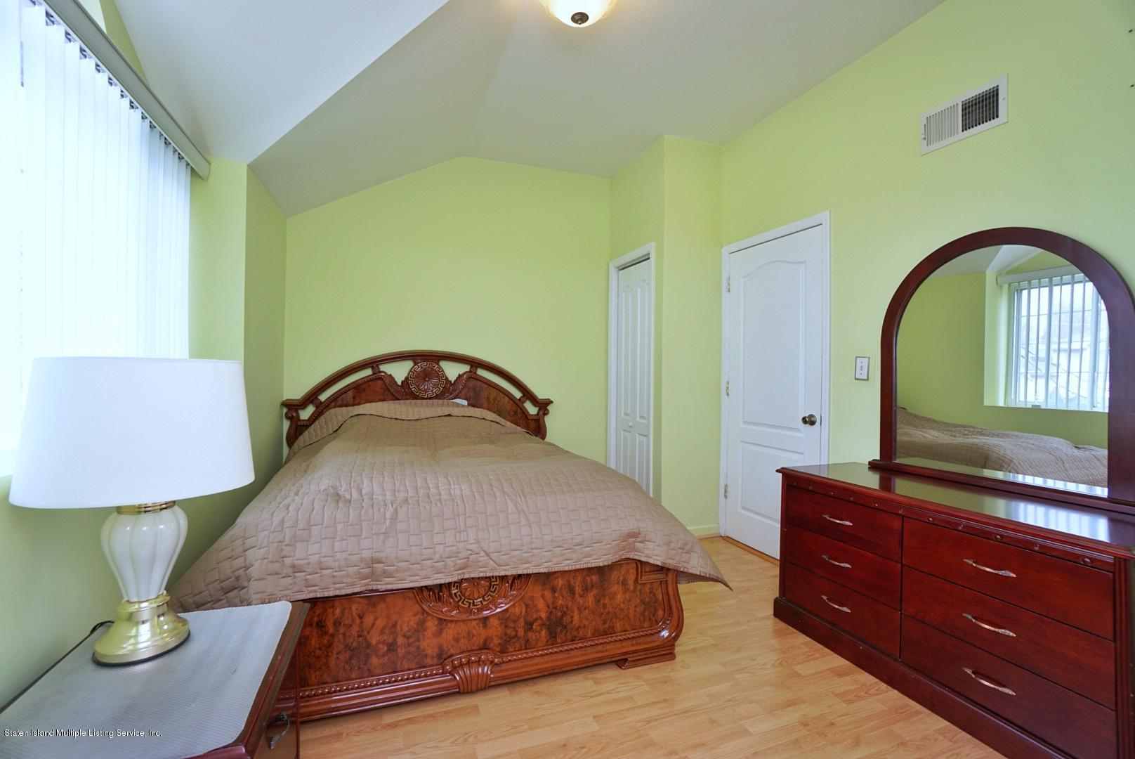 Single Family - Attached 30 Cranberry Court  Staten Island, NY 10309, MLS-1135421-19