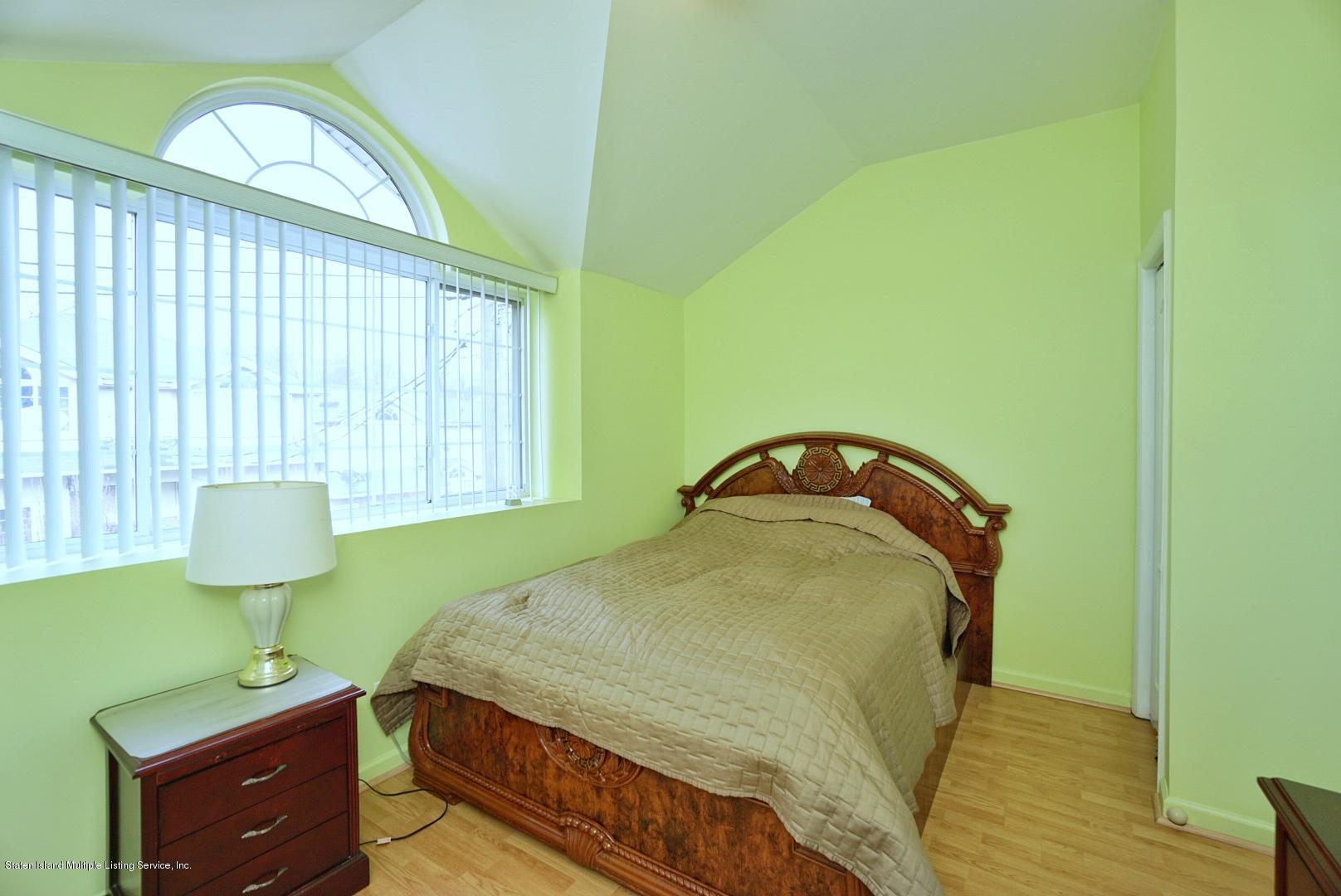 Single Family - Attached 30 Cranberry Court  Staten Island, NY 10309, MLS-1135421-20