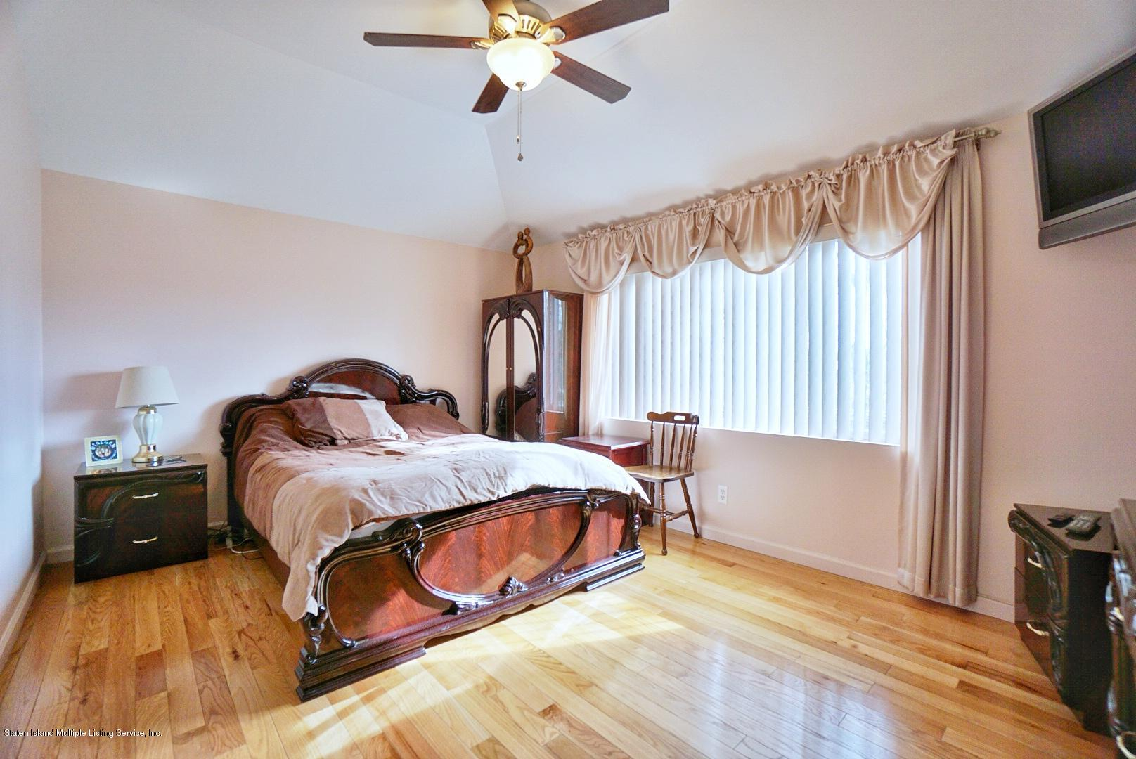 Single Family - Attached 30 Cranberry Court  Staten Island, NY 10309, MLS-1135421-27