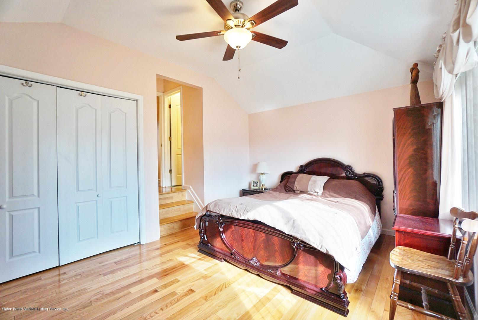 Single Family - Attached 30 Cranberry Court  Staten Island, NY 10309, MLS-1135421-26