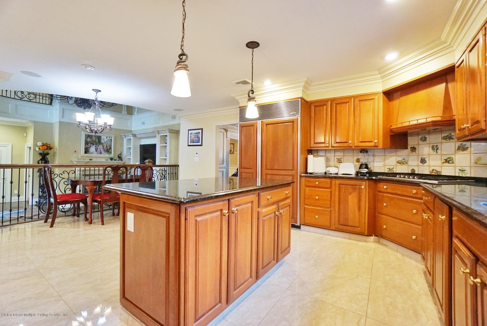 Single Family - Detached 1 Buttonwood Road   Staten Island, NY 10304, MLS-1135318-20