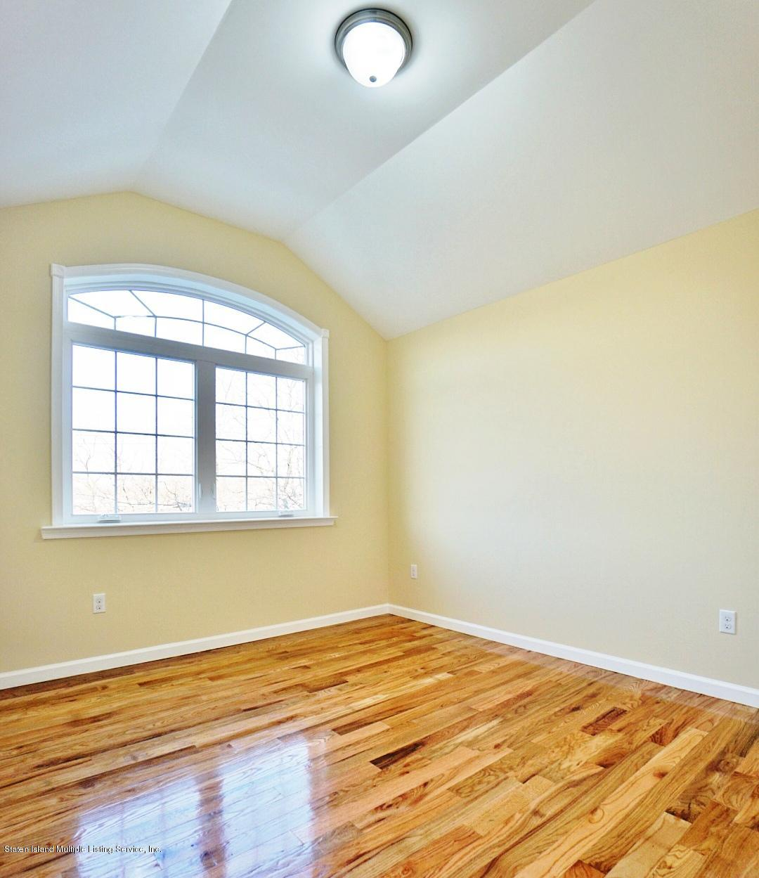 Single Family - Attached 34 Bamberger Lane  Staten Island, NY 10312, MLS-1135521-16