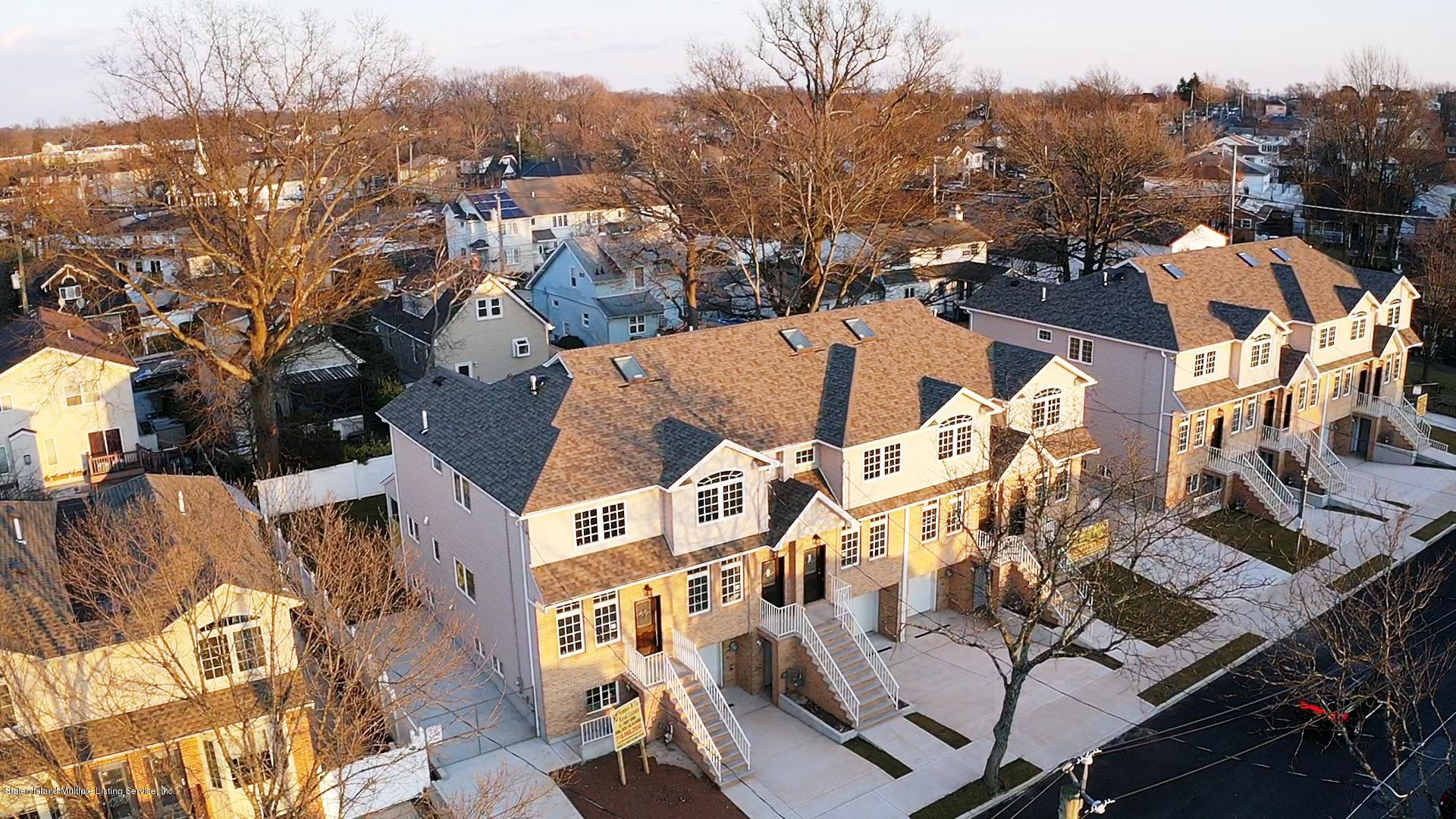Single Family - Attached 34 Bamberger Lane  Staten Island, NY 10312, MLS-1135521-24