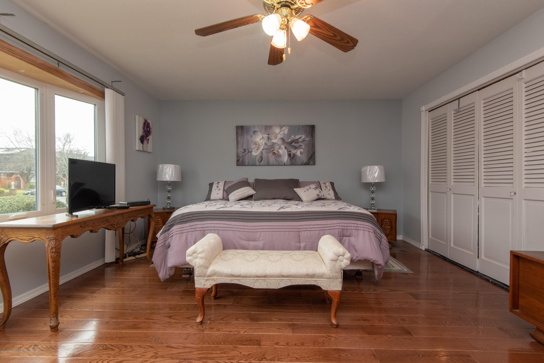 Single Family - Detached 229 Albourne Avenue  Staten Island, NY 10309, MLS-1132982-25