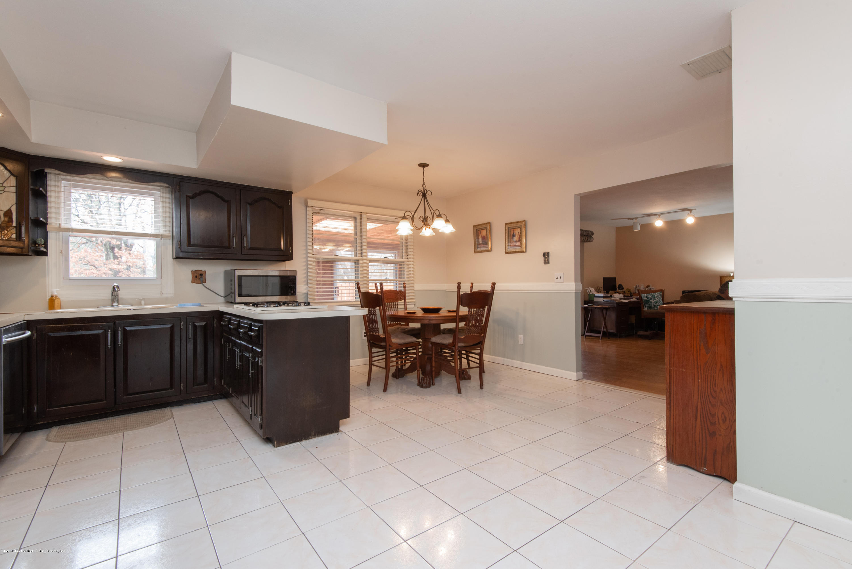 Single Family - Detached 229 Albourne Avenue  Staten Island, NY 10309, MLS-1132982-22