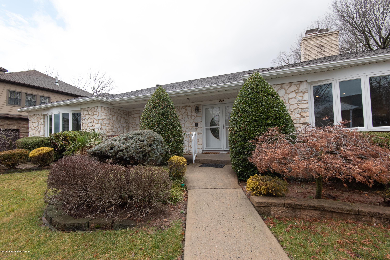 Single Family - Detached 229 Albourne Avenue  Staten Island, NY 10309, MLS-1132982-5