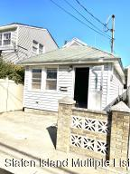 31 Topping St, Staten Island, NY 10306