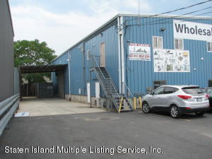 360 Industrial Loop, Staten Island, NY 10309