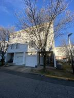 343 Aspen Knolls Way, Staten Island, NY 10312