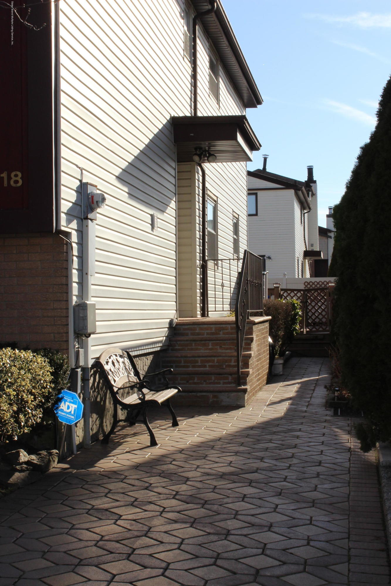 Single Family - Attached 118 Braisted Avenue  Staten Island, NY 10314, MLS-1135869-19