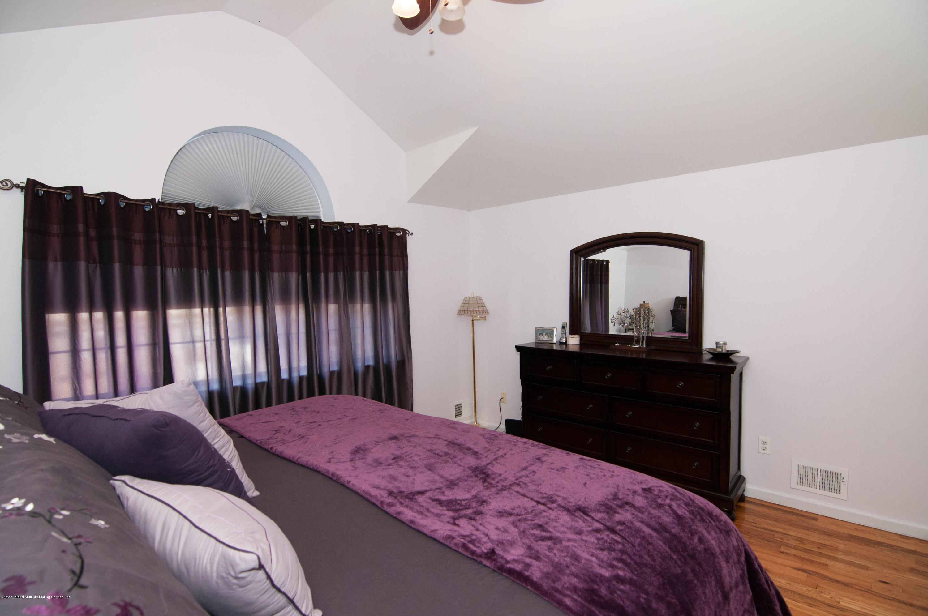 Single Family - Attached 56 Endview Street  Staten Island, NY 10312, MLS-1131439-16