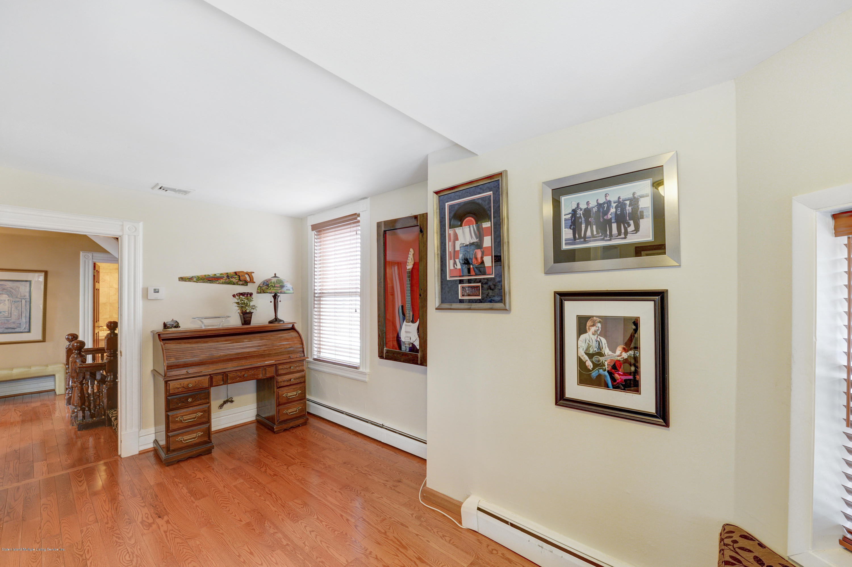 Single Family - Detached 222 Guyon Avenue  Staten Island, NY 10306, MLS-1136119-23