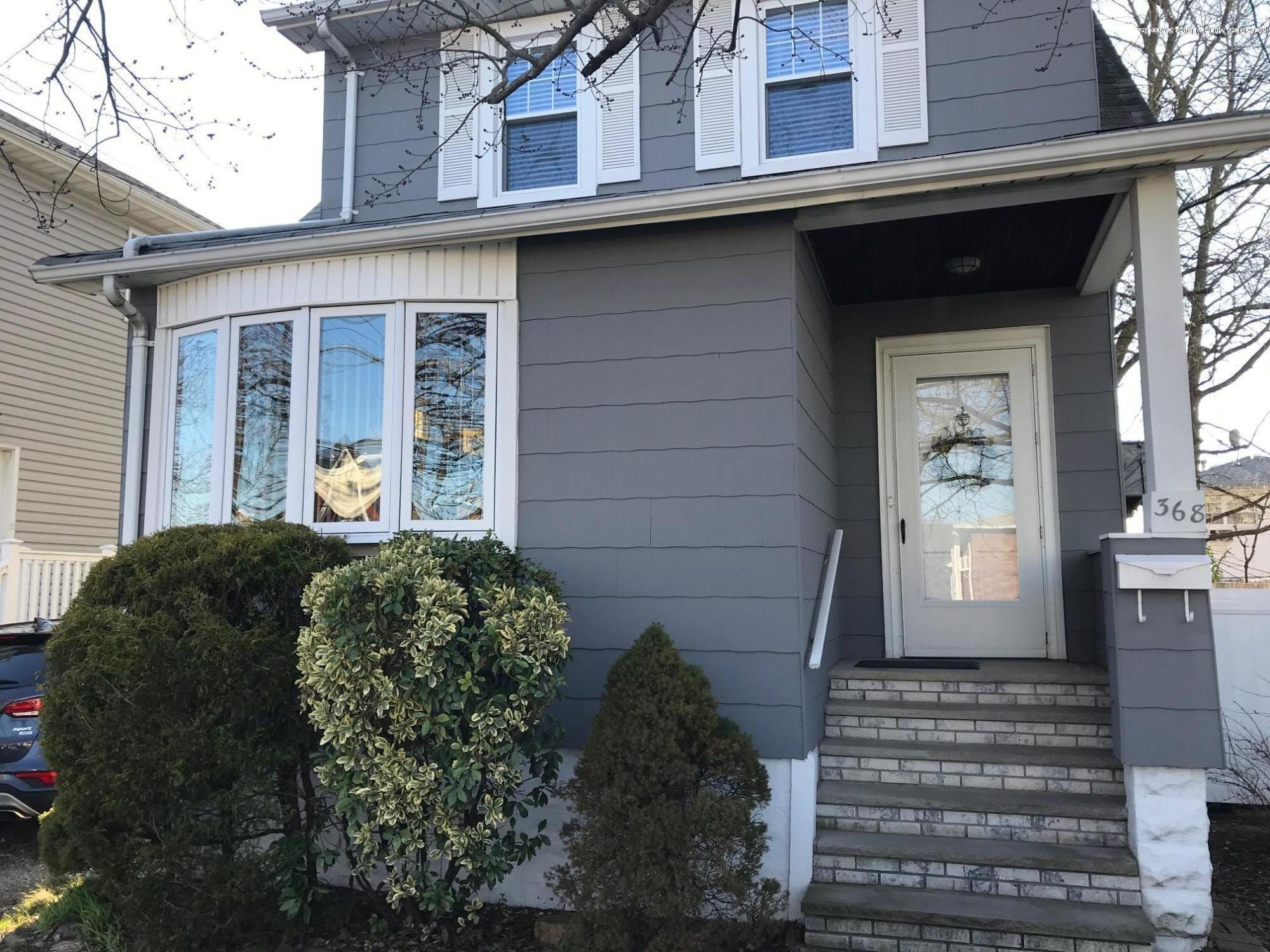 Single Family - Detached in Eltingville - 368 Ridgewood Avenue  Staten Island, NY 10312