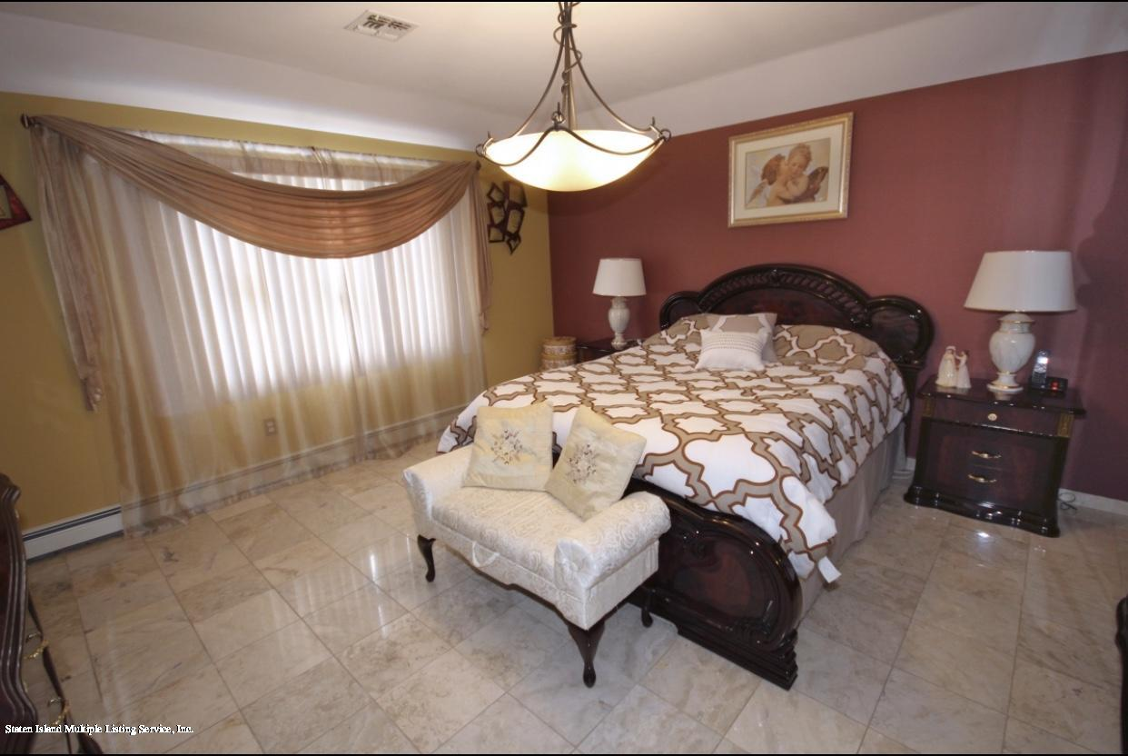Two Family - Detached 88 Churchill Avenue  Staten Island, NY 10309, MLS-1136317-17