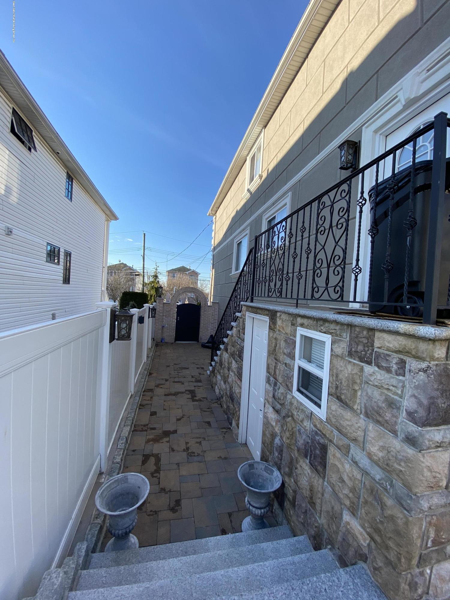 Two Family - Detached 88 Churchill Avenue  Staten Island, NY 10309, MLS-1136317-22