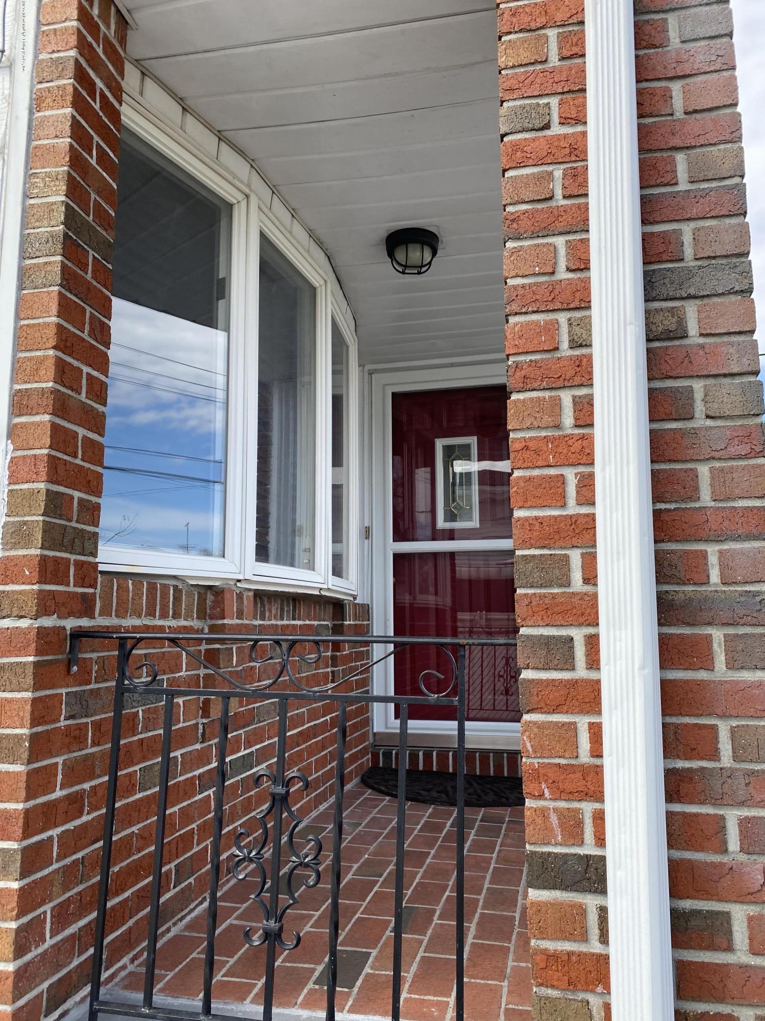 Single Family - Semi-Attached 370 Seaver Avenue  Staten Island, NY 10305, MLS-1136339-4