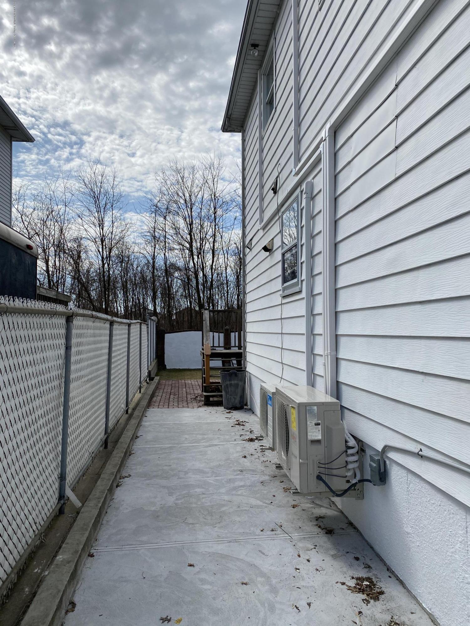 Single Family - Semi-Attached 370 Seaver Avenue  Staten Island, NY 10305, MLS-1136339-28