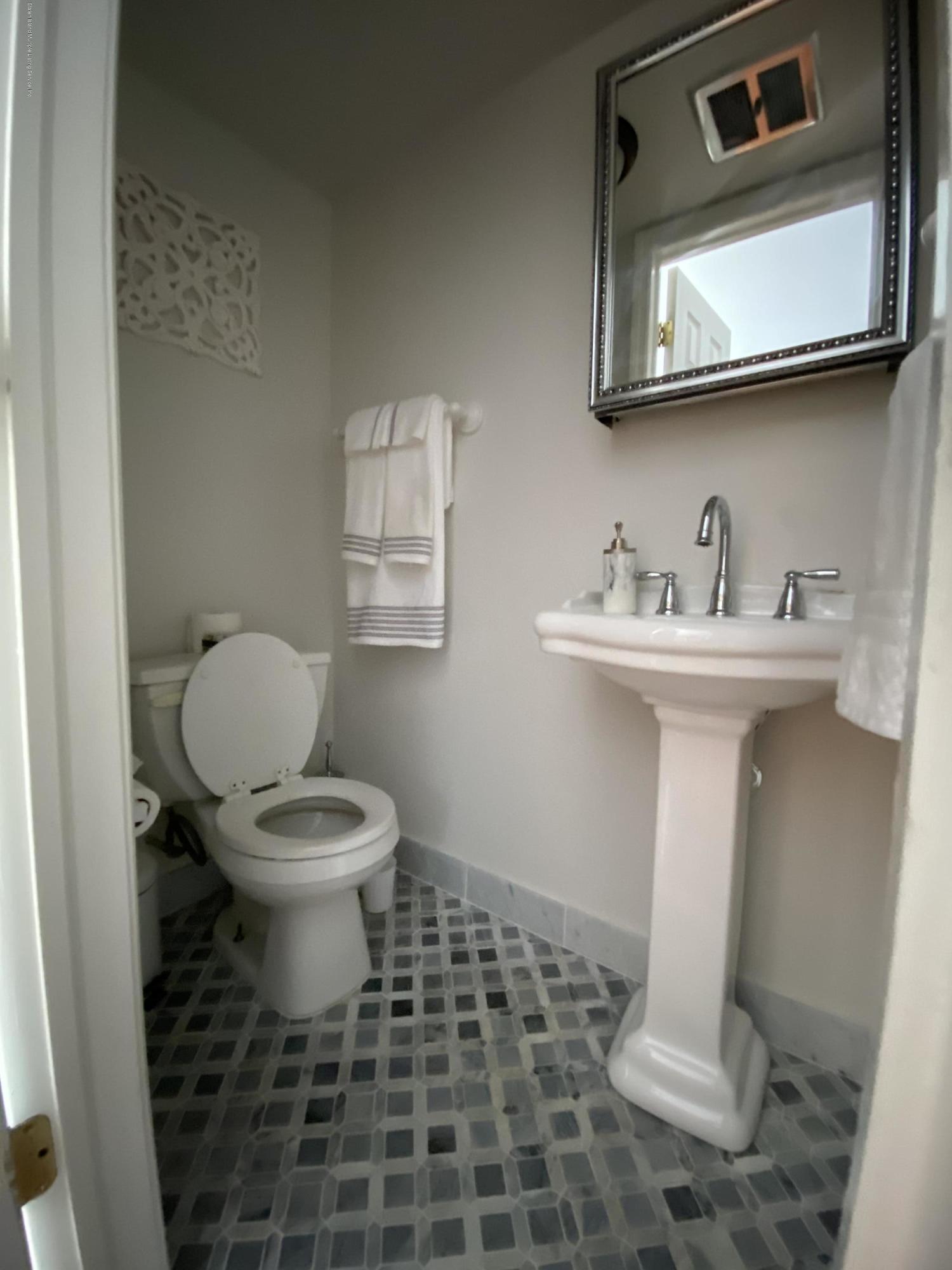 Single Family - Semi-Attached 370 Seaver Avenue  Staten Island, NY 10305, MLS-1136339-8