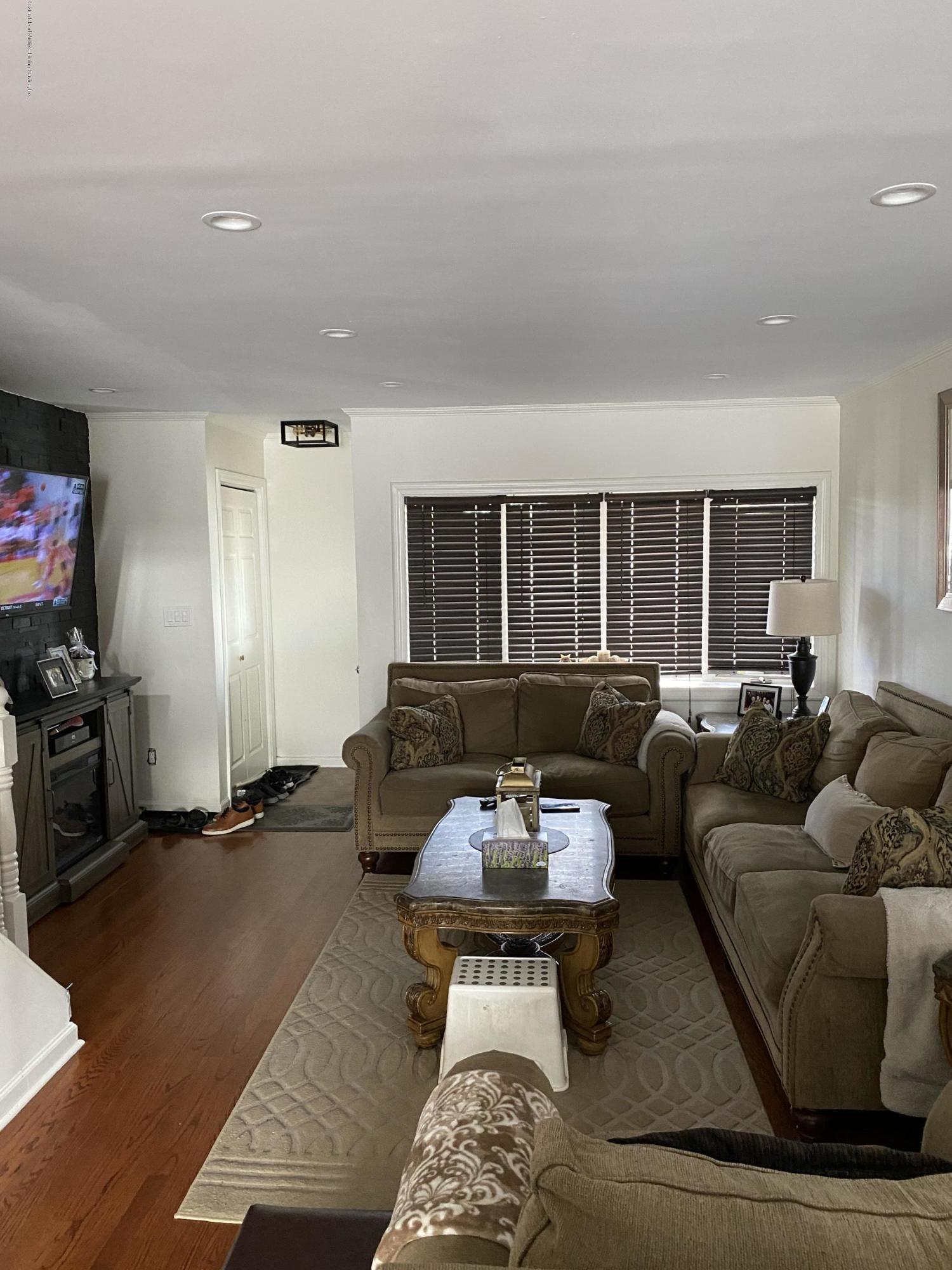 Single Family - Semi-Attached 370 Seaver Avenue  Staten Island, NY 10305, MLS-1136339-6