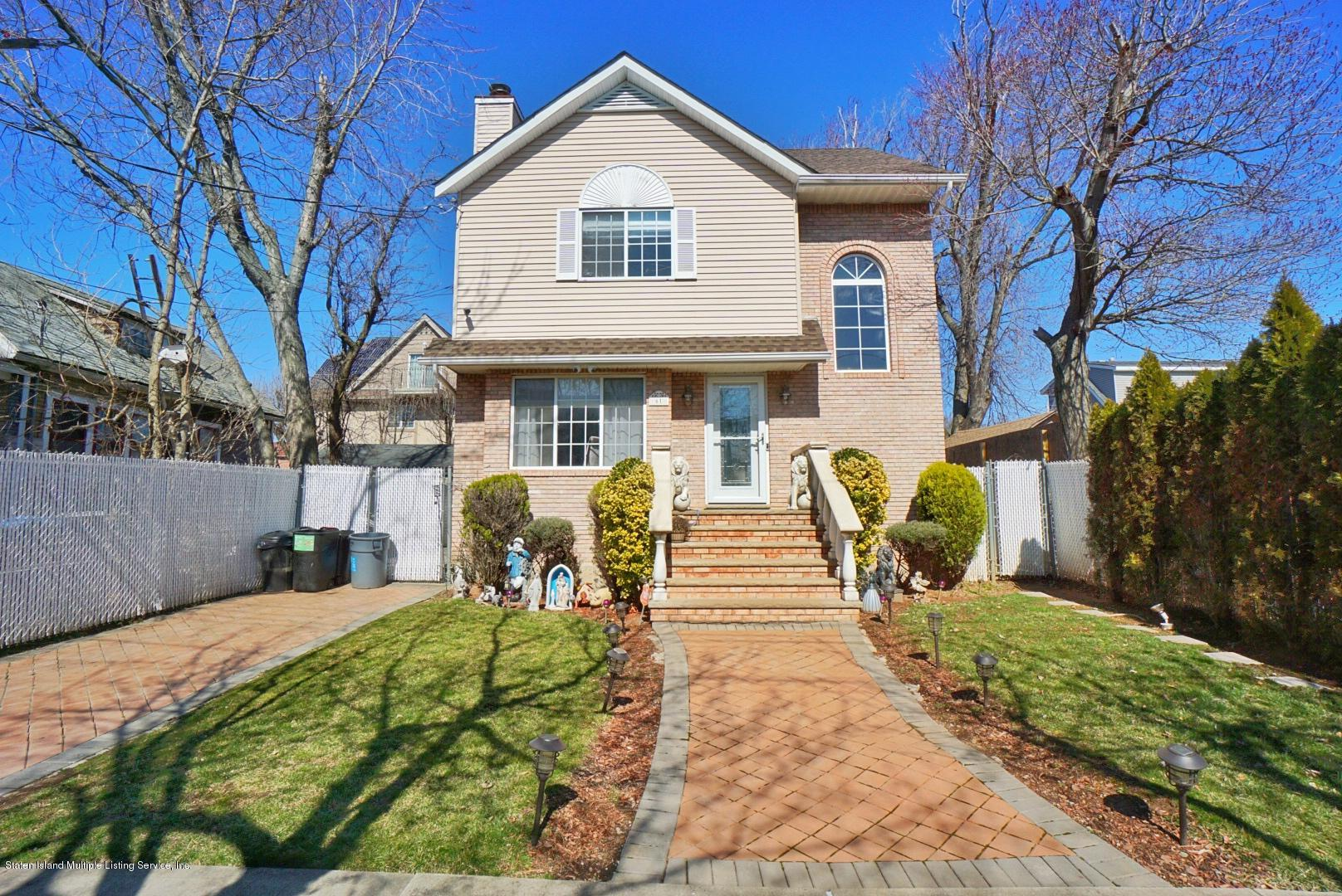 Single Family - Detached in Tottenville - 61 Billop Avenue  Staten Island, NY 10307