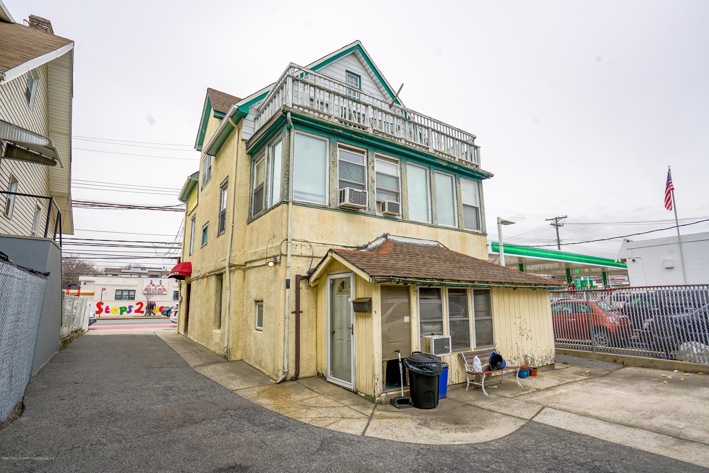 Commercial 1422 Hylan Boulevard  Staten Island, NY 10305, MLS-1136506-10