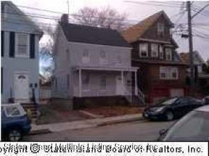 72 Albion Place, Staten Island, NY 10302
