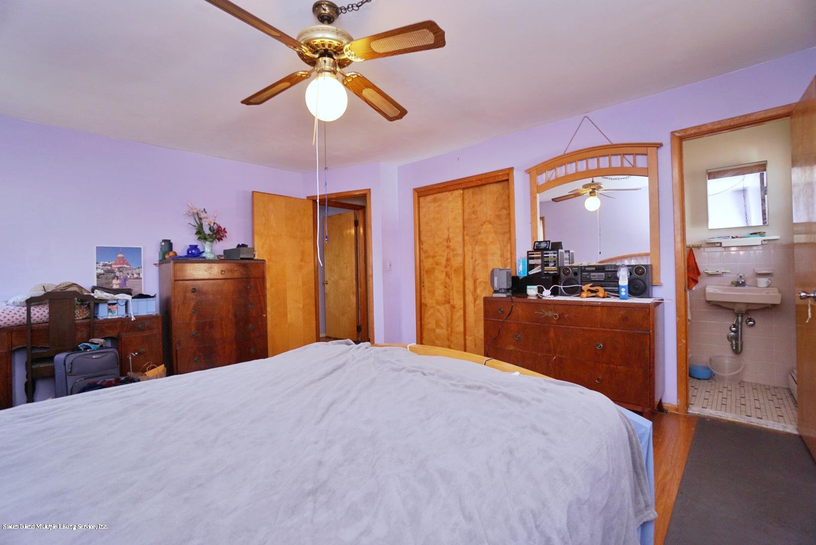Single Family - Detached 495 Winchester Avenue  Staten Island, NY 10312, MLS-1136561-20