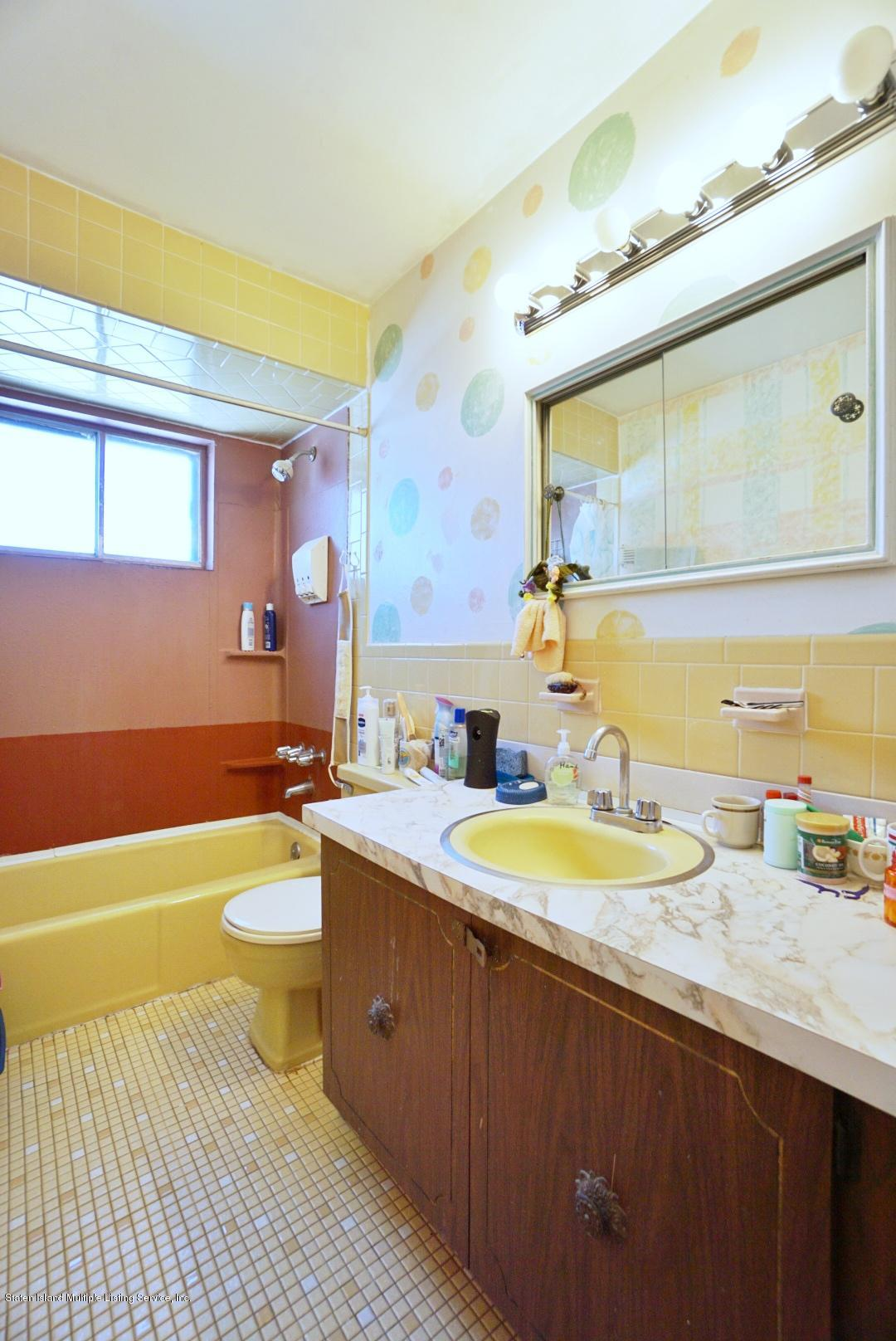 Single Family - Detached 495 Winchester Avenue  Staten Island, NY 10312, MLS-1136561-27