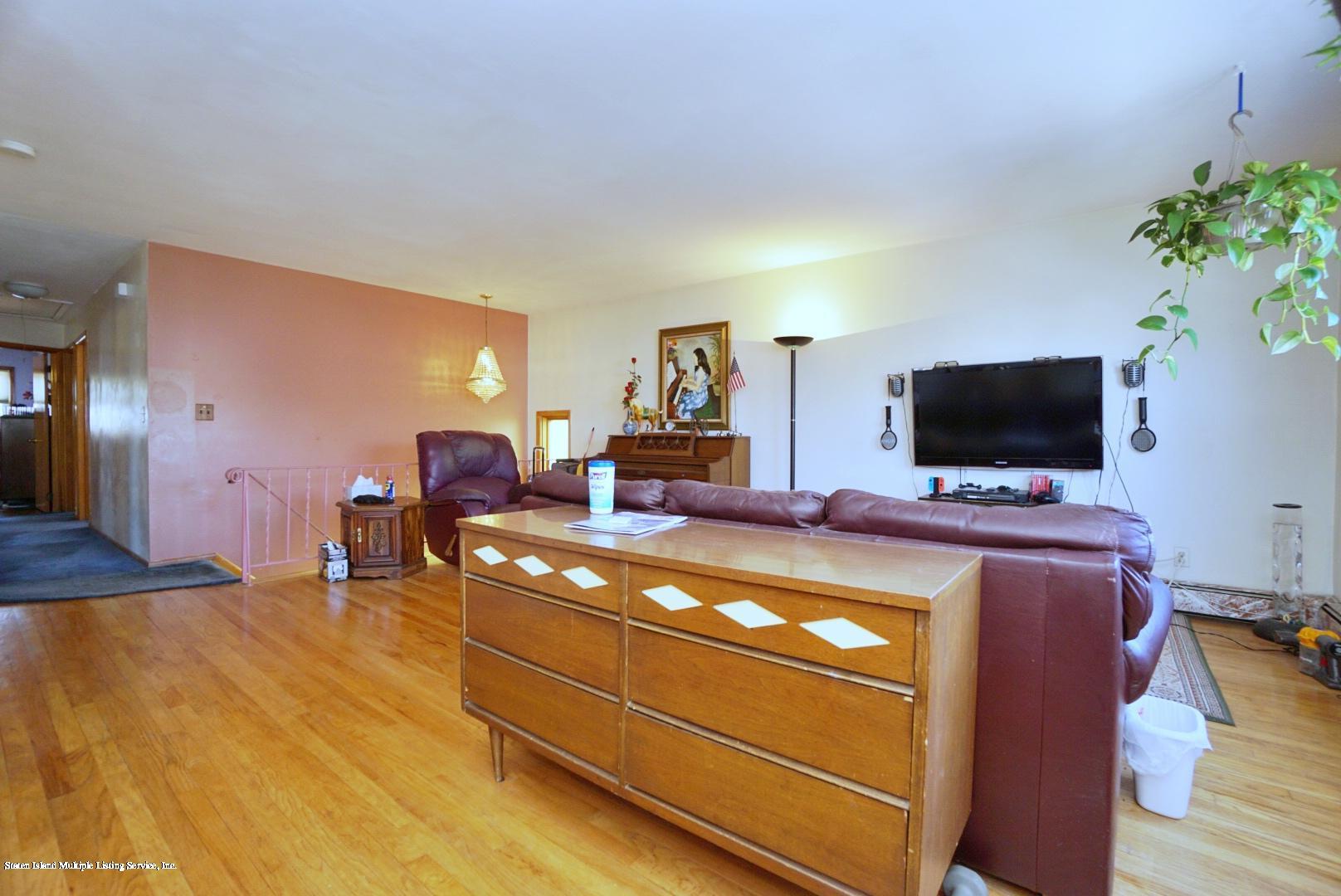 Single Family - Detached 495 Winchester Avenue  Staten Island, NY 10312, MLS-1136561-8
