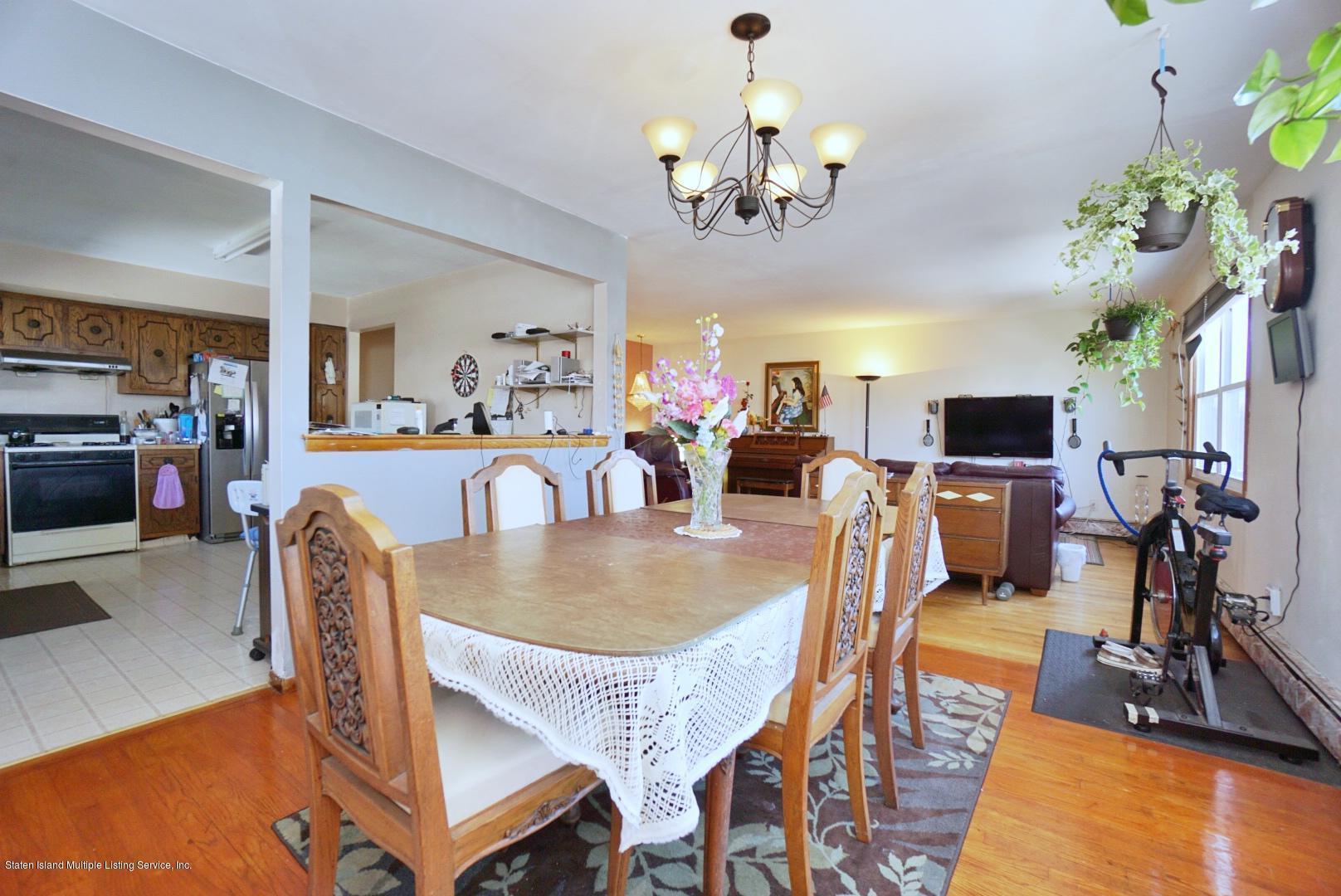 Single Family - Detached 495 Winchester Avenue  Staten Island, NY 10312, MLS-1136561-11
