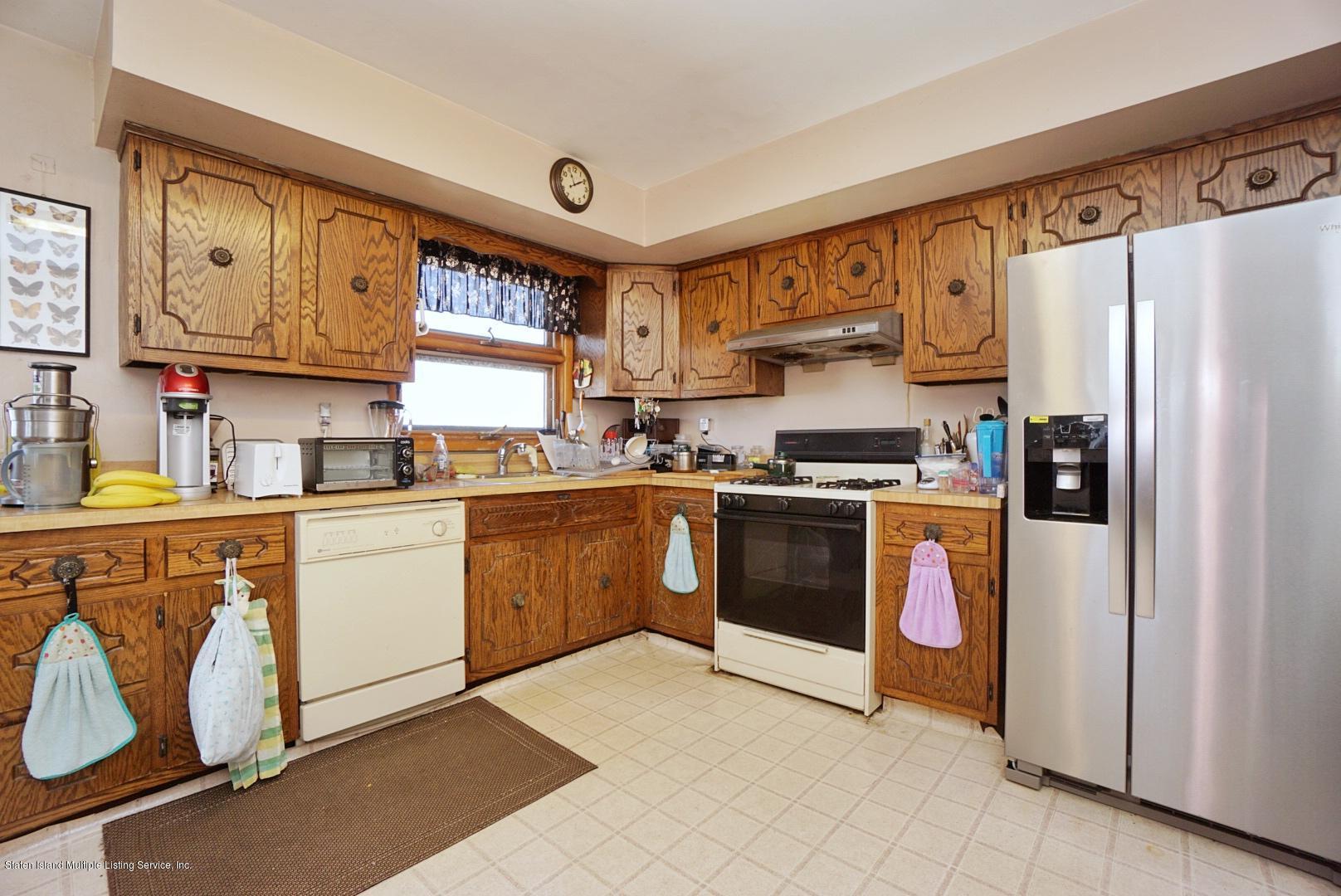 Single Family - Detached 495 Winchester Avenue  Staten Island, NY 10312, MLS-1136561-15