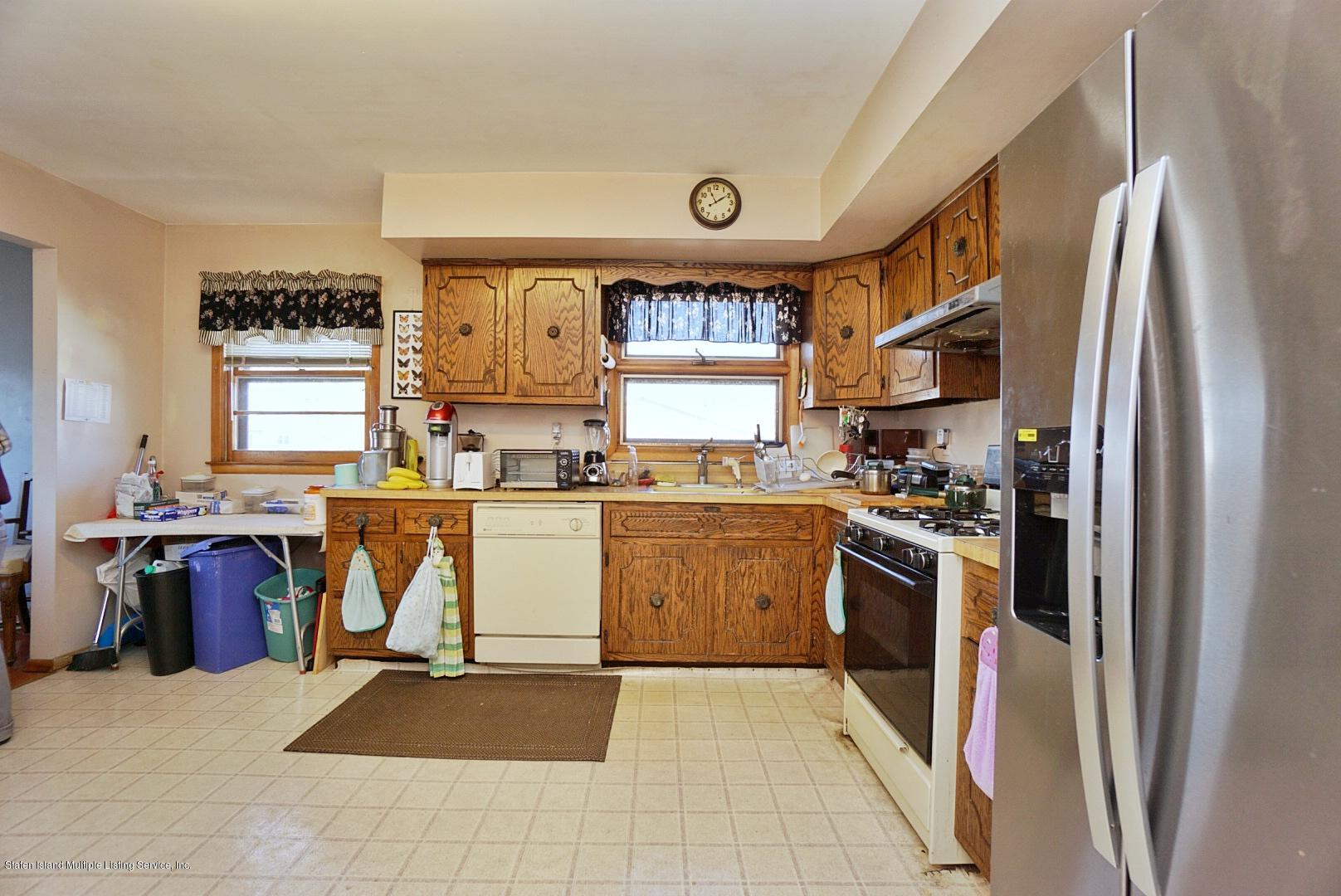 Single Family - Detached 495 Winchester Avenue  Staten Island, NY 10312, MLS-1136561-17
