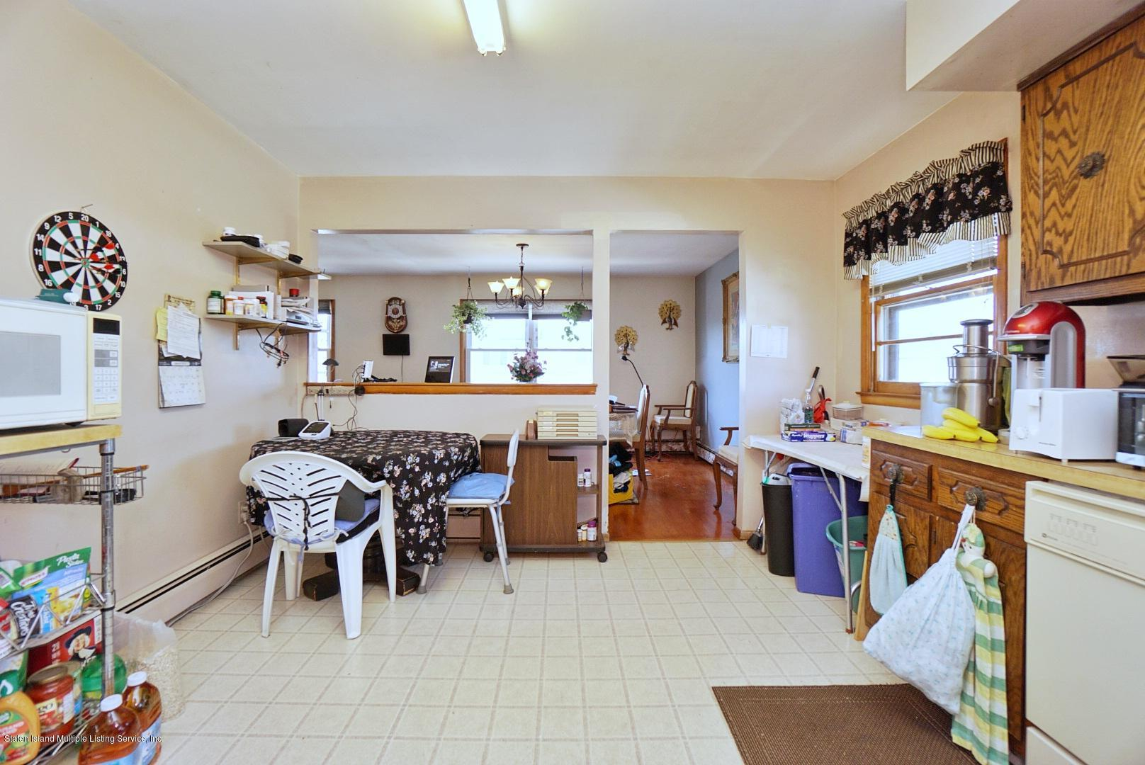 Single Family - Detached 495 Winchester Avenue  Staten Island, NY 10312, MLS-1136561-18