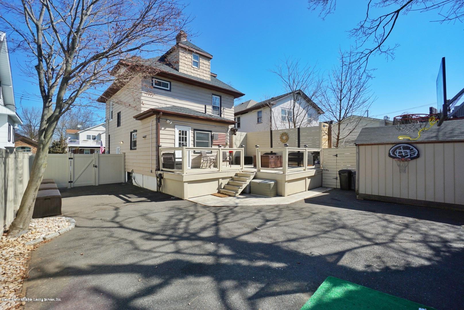 Single Family - Detached 92 Steele Avenue  Staten Island, NY 10306, MLS-1136567-11