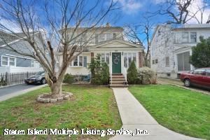 8 Princewood Avenue, Staten Island, NY 10309