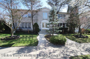 932 Lamont Avenue, Staten Island, NY 10309