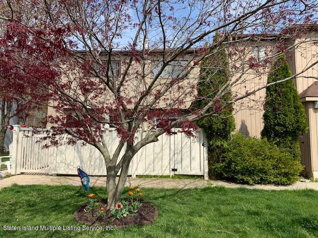 Single Family - Attached 11 Sea Breeze Lane  Staten Island, NY 10307, MLS-1136712-20