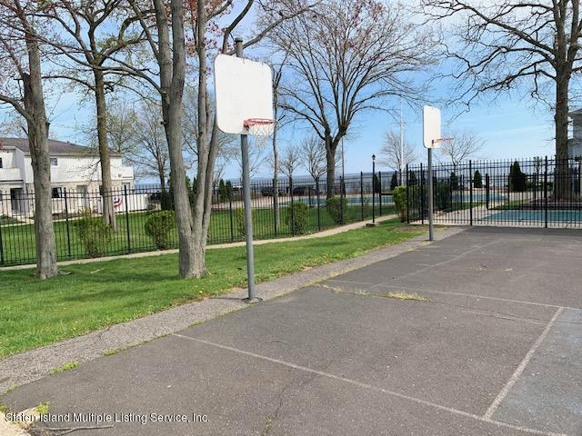 Single Family - Attached 11 Sea Breeze Lane  Staten Island, NY 10307, MLS-1136712-22