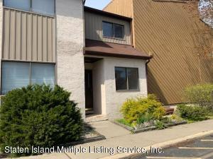 11 Sea Breeze Lane, Staten Island, NY 10307
