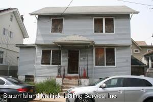 8 Simonson Place, Staten Island, NY 10302