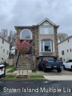 41 Brookside Loop, Staten Island, NY 10309